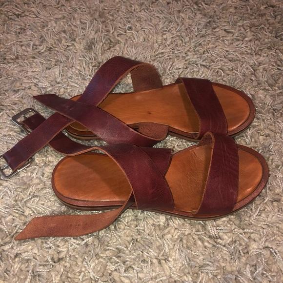 Zara Basic Leather Sandals
